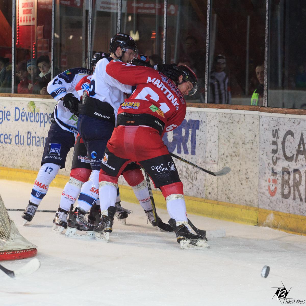 Hockey sur glace D1 Briançon Tours copyright thibaut blais photographie